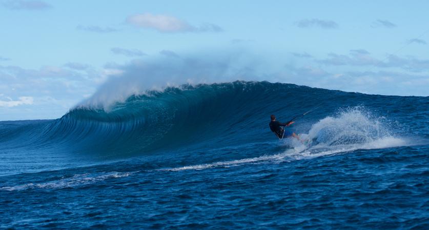 Reo Stevens kitesurfs Teahupoo
