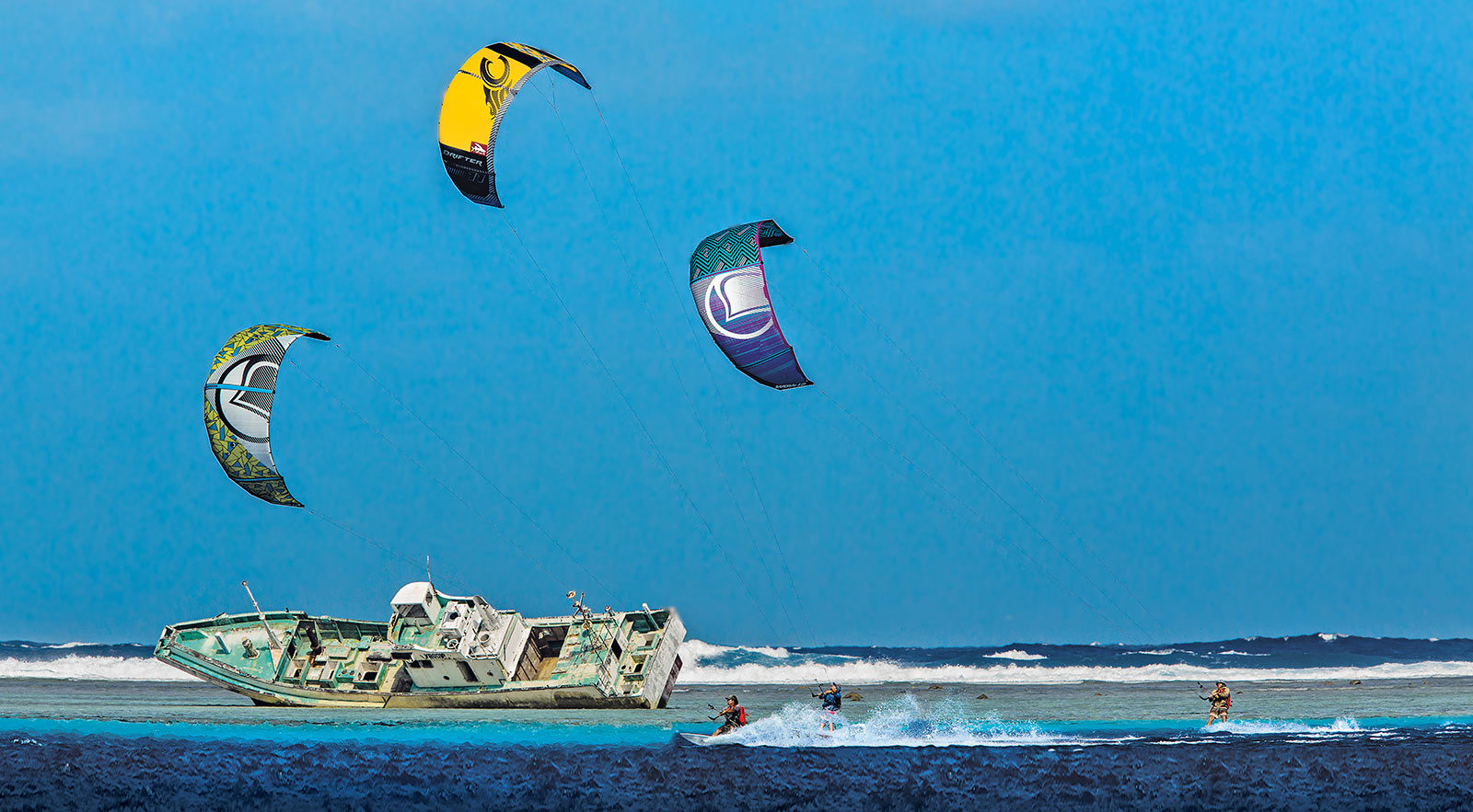 Pohnpei shipwreak photo: Scott Soens