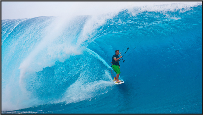 Reo Stevens kitesurfing Teahupoo